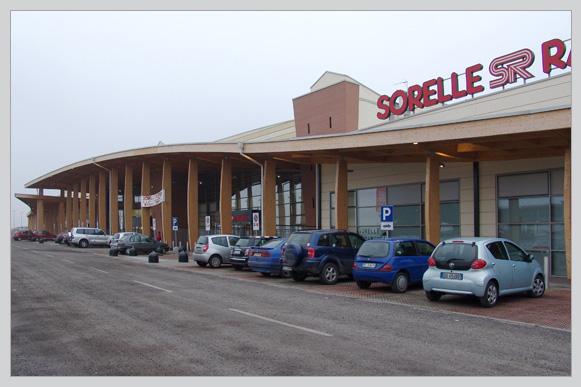 Centro commerciale Sorelle Ramonda - Codevilla (PV)